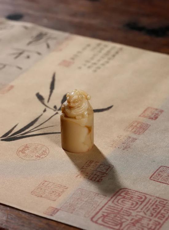 西泠春拍乾隆御璽翌太和:石渠寶笈鈐印天字一號