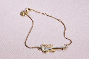 PRADA推出珠宝系列 缔造成熟女性的精致风尚