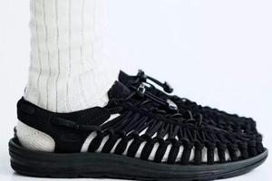 凉鞋配白袜究竟有多不入主流?