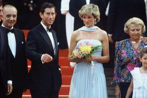 戛纳红毯经典倩影 终有一帧属于戴安娜王妃