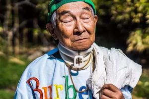 日本84岁网红爷爷:我也曾是少年 也曾不羁放纵帅过天