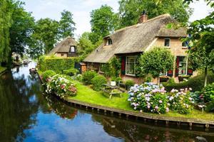 这个荷兰小镇美上天 原来童话里不是骗人的
