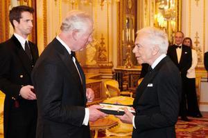 Ralph Lauren获授荣誉爵级司令勋章