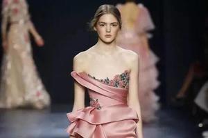 无法面对一条粉色裙子不心动