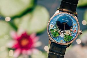 雅克德罗锦鲤幻莲自动玩偶腕表于中国发布