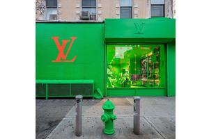 LV纽约Pop-Up门店光天化日下惨遭涂鸦