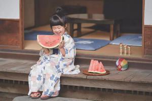 """日本一爸爸""""偷拍""""家人 看到第一张就忍不住笑"""