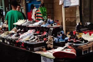 95后引爆球鞋市场 如何抓住这波商机?
