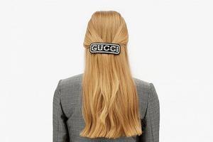 复古发饰回潮:Gucci推出全新水晶镶嵌Logo发饰系列