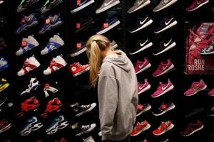 美国行业协会主席称美国制鞋业不可能与中国脱离