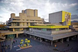穿越20世纪 这些英国伦敦地标式建筑值得打卡