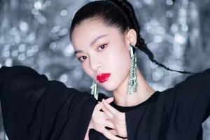 想要刘雯杜鹃钟楚曦的高级脸 只用修容哪里够?
