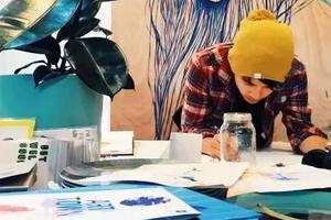 90后小哥学画17年 迪士尼请他当御用画师