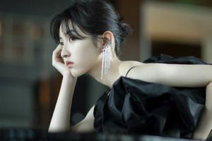 张子枫 | 18岁入选福布斯中国名人榜 这个女孩凭什么?