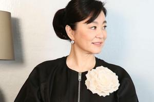 林青霞|手写书信致敬抗疫英雄 美人和英雄都是她