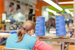 大量服饰订单被取消 中国外贸工厂正承受疫情第二波威胁