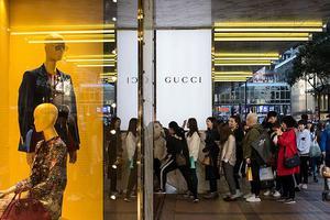 这个春天全球奢侈品都很难 预计今年销售额或将减少6000亿