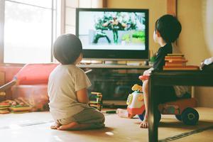 """""""偷拍""""10年 日本一父亲把孩子日常拍成电影"""