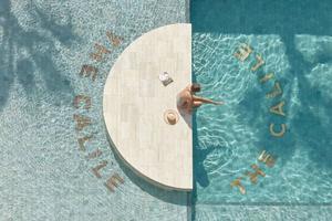 夏天怎么少得了游泳 10个最具创意的泳池设计