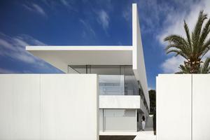 极简也是一种极奢 60款极简住房演绎极致美学