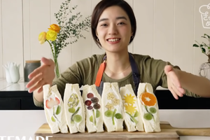 """精致早餐 主妇用水果做""""鲜花三明治""""美哭网友"""