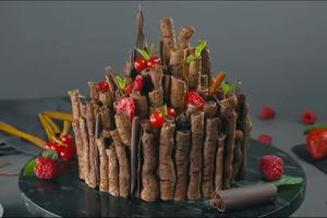 俄罗斯甜品惊艳网友 用量丰富颜值能打