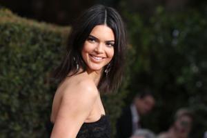 超模Kendall Jenner因参音乐节虚假宣传被罚款9万美元
