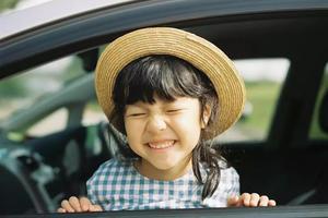 日本摄影老爸拍女儿美照 引50万网友围观