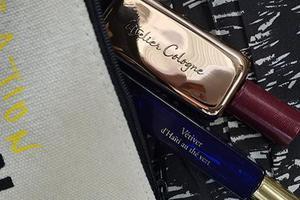 香氛一定还要好携带 夏天包包里的神秘味道