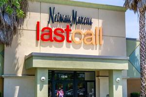 泰坦尼克式沉没 奢侈品零售巨头Neiman Marcus缘何破产?