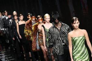 从经济重创到建立新模式 回看近半年疫情之下的时尚行业