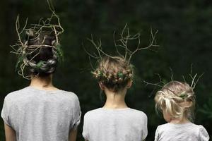 母女三人凭借照片爆红网络 又来骗我们生女儿?