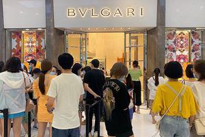 离岛免税月销售额超22亿 三亚正在夺走巴黎纽约的奢侈品客人