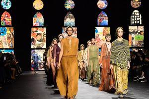 当减少时装秀成为潮流 这个行业的参与者将会受到什么影响?