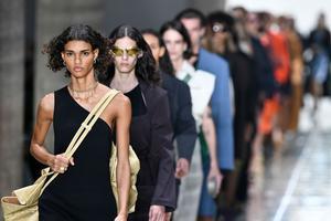 Bottega Veneta突然注销Instagram、Twitter等社交账号