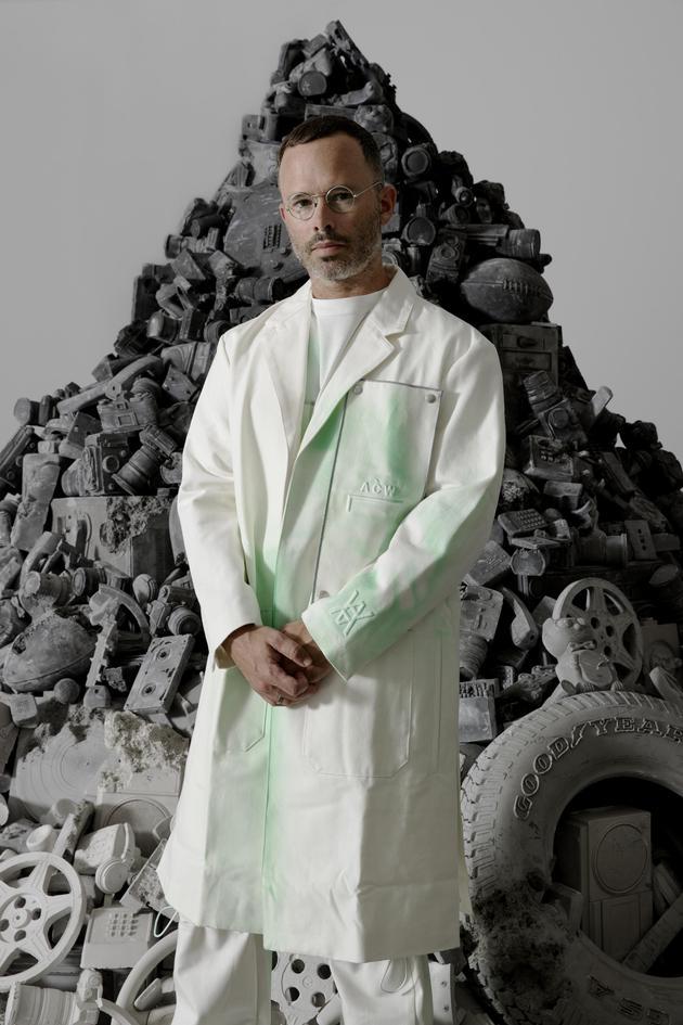 Daniel Arsham Artist Portrait-艺术家肖像