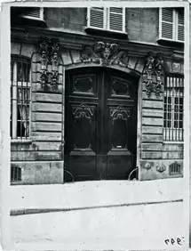 高级定制的地标:Chanel于巴黎康朋街21号的第一家店