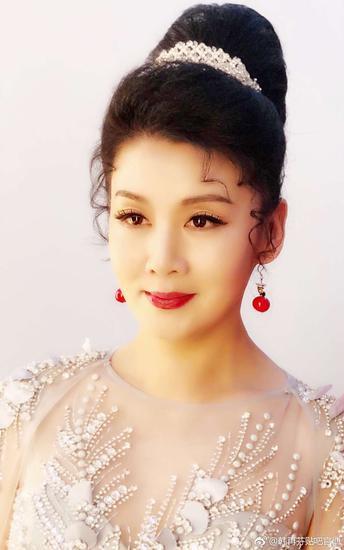 黄梅戏表演艺术家、国家一级演员韩再芬