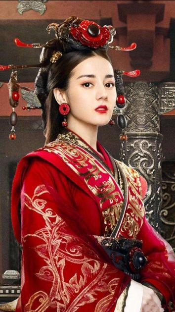 迪丽热巴《秦时美女的女人月亮心》造型