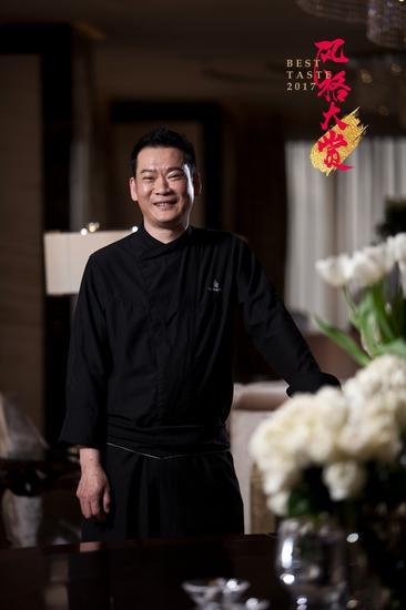 餐厅主厨 李强