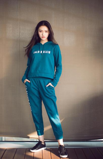 Calvin Klein Performance宣布林允成为亚太区品牌形象代言人