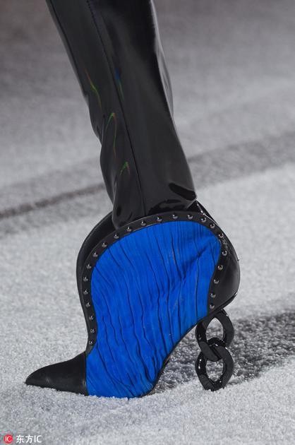 Balmain个性鞋跟
