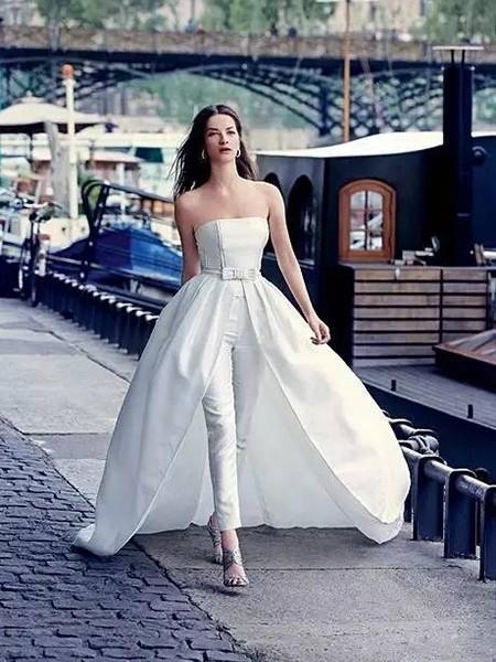 裤装婚纱+可拆卸裙摆