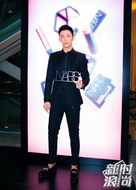 黄景瑜出席NARS中国北京首家概念店揭幕