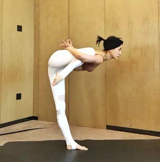 动作1:减脂+强化四肢力量