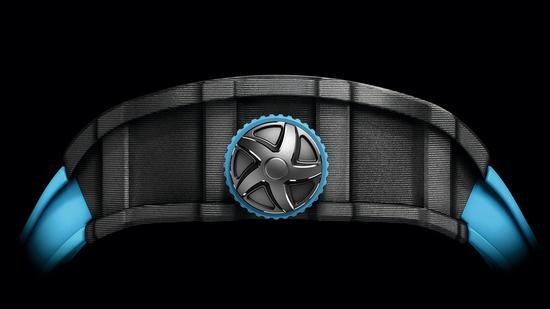 RM-53-01腕表侧方表冠