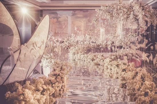 王府半岛酒店开启一站式幸福之旅许润龙