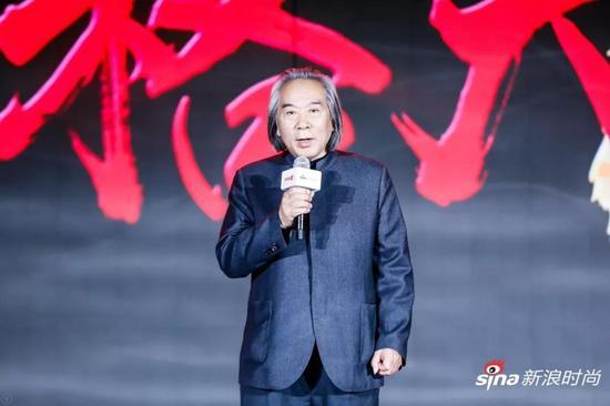 知名艺术家、天津美术学院教授霍春阳