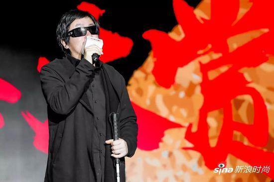 中国民谣音乐代表周云蓬