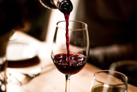 研究指出,葡萄酒能让你更聪明